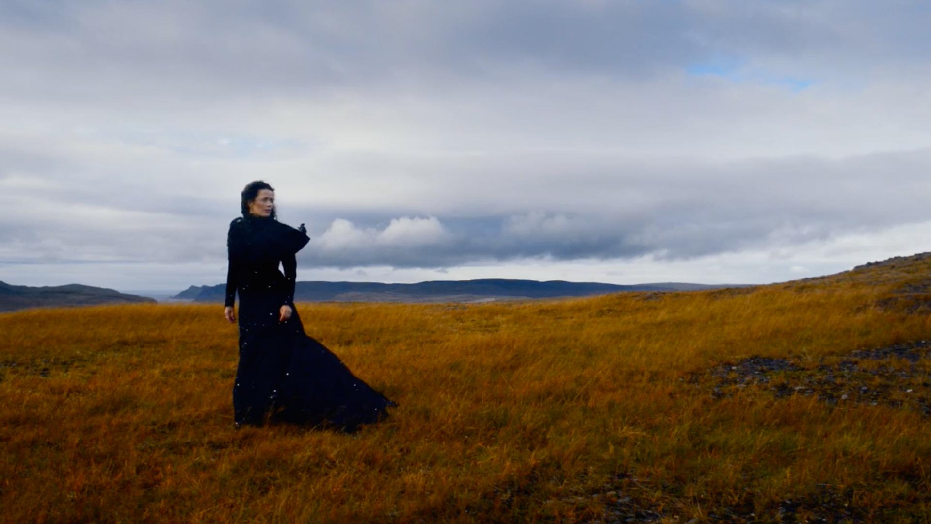 KARENINA & I. Gørild Mauseth attraversa la Russia alla scoperta di Anna e Tolstoj