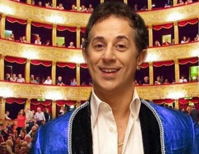 MANLIO DOVÌ e il suo talento comico al Teatro Scoperto di Messina, il 23 luglio