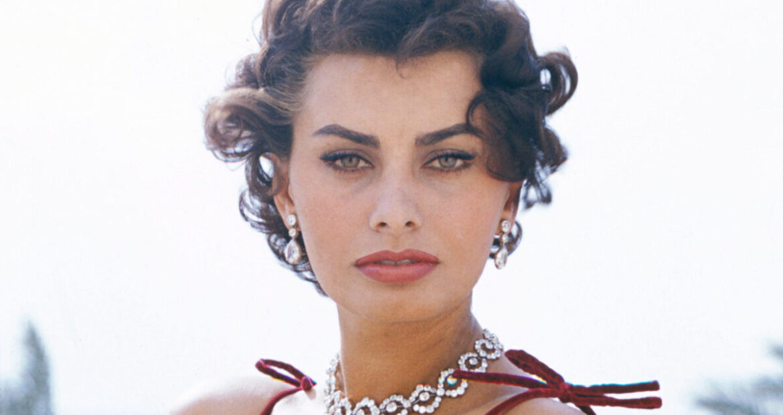 PORTANDOMI DENTRO QUESTA MAGIA, il libro su Sophia Loren