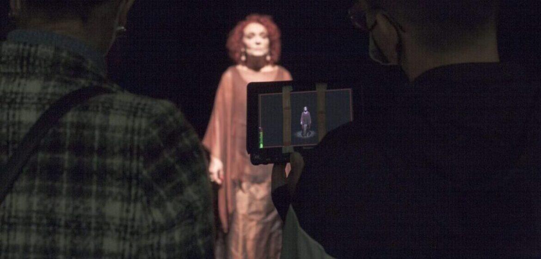 La canzone LA VOCE DEL SILENZIO in un video di Donatella Pondimiglio