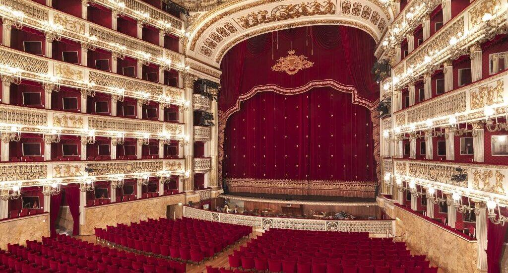 Teatro di San Carlo: ripartono le visite guidate