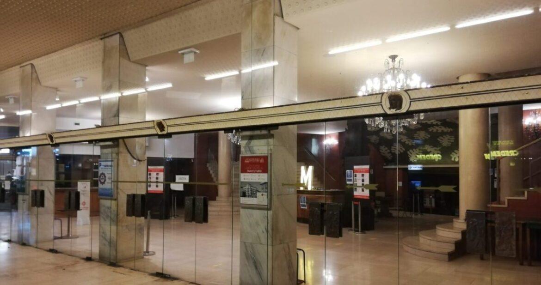 Facciamo Luce Sul Teatro. Il Manzoni e gli altri teatri di Monza illuminati per la cultura