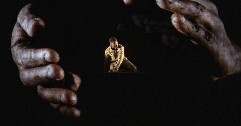 CHOTTO XENOS. L'Abram Khan Dance Company al Parenti di Milano