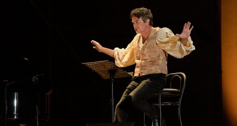 L'uomo che oscurò il Re Sole. Alessio Boni racconta Molière al Parenti di Milano